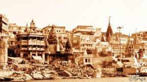 kashi-city-of-light-banks-of-ganga-640x360